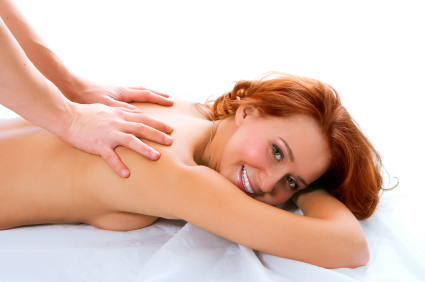 Beautiful redhead MILF Brooke Adams having naked body oiled and massaged № 862886 без смс